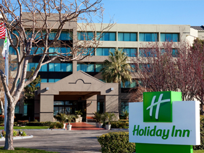 Holiday Inn Hotels Opens in new window